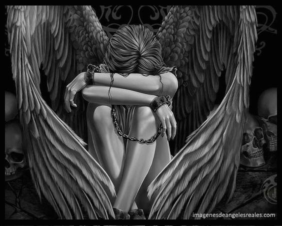 Imagenes Goticas De Angeles Tristes Pictures To Pin On